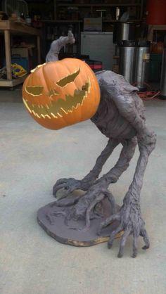 pumpkin creature build by Devils Chariot