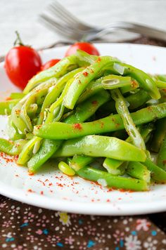 Tangy Green Bean Salad with chili makes a perfect vegetarian dish or summer side dish.