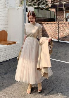 In Cinderella Dreams Mesh Layered Skirt - I know you wanna kiss me. Thank you for visiting CHUU. Long Skirt Outfits, Modest Outfits, Classy Outfits, Modest Fashion, Pretty Outfits, Fashion Dresses, Cute Comfy Outfits, Long Skirt Fashion, Korean Outfit Street Styles