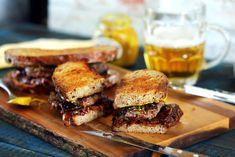 OMG: marha hátszín szendvics, karamellizált hagymával | Street Kitchen