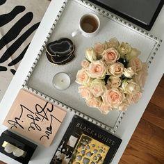 "KRISTIN CADWALLADER | B@H on Instagram: ""Flower perfection ✨✨✨ Happy Saturday!! #blooms #flowers #roses #BHGflowers #twitter"""