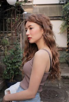 Park Sora - April 12 2017 Set what filter is it? Permed Hairstyles, Short Hairstyles For Women, Girl Hairstyles, Gorgeous Hairstyles, Wavy Hair, Her Hair, Korean Hair Color, Estilo Cool, Asian Hair