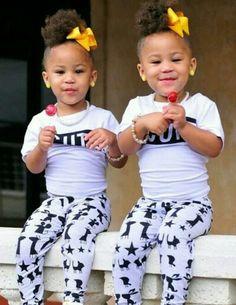 Gemelos Preciosos, Niños Adorables, Niños Lindos, Adorbs, Bebés Niños, Adorable Twins, Daughter Twins, Kids Twins, Skinned Baby