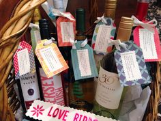 Wine Gifts - First Year of Marriage Wedding Wine Basket - unique gift idea for brides - free template for wine tags Wedding Gift Baskets, Wine Gift Baskets, Wedding Gift Tags, Wedding Shower Gifts, Wedding Anniversary Gifts, Wedding Ideas, Wedding Showers, Trendy Wedding, Wedding Stuff