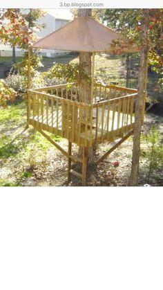 Ideas Simple Tree House Diy Patio For 2019 Building A Treehouse, Building A House, Treehouse Ideas, Easy Diy Treehouse, Treehouses For Kids, Backyard Treehouse, Simple Tree House, Diy Tree House, Tree House Plans