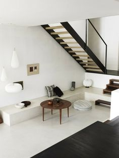 Great use of a typically dead, dark space. The white draws light into area.