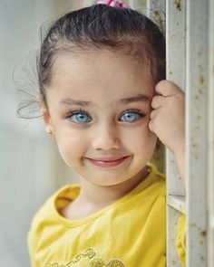 Turkish Photographer Captures the Beauty of Children's Eyes That Shine Like Gems Beautiful Eyes Color, Stunning Eyes, Pretty Eyes, Cool Eyes, Amazing Eyes, My Beautiful Daughter, Beautiful Children, Beautiful Babies, Beautiful People