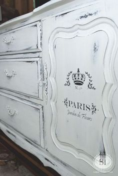 Resultado de imagen de furniture transfers for chalk paint
