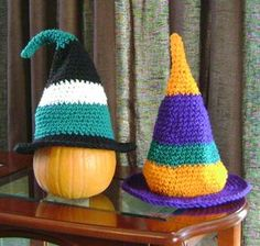 These are extra- and super-small sized versions of The Whimsical Witch-Hat pattern. You can make a fast Halloween table decoration,...