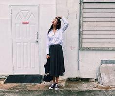 Bad Genius, Jack Purcell, Virtual Closet, Rainy Days, Midi Skirt, Mac, Converse, Style Inspiration, Fashion Outfits