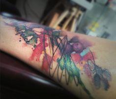 #wildlinestattoo #arttattoo #abstract #abstracttattoo #dododeer #dodac #dodactattoo #colortattoo #color #blacktattoo #tattoo #originaltattoos #original #art #tattrx #equilattera #cheyennetattooequipment #inked #ink #tattooboy#czechtattoo #pilsen #divadlopodlampou#freehand #freehandtattoo #folowtattoo Boy Tattoos, Line Tattoos, Black Tattoos, Free Hand Tattoo, Arm Sleeve Tattoos, Tattoo Equipment, Original Tattoos, Drip Painting, Watercolor Tattoo