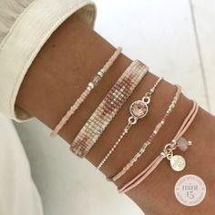 Swarovski Vintage Rose and other vintage pink bracelets - Frauen Schmuck - Frauenschmuck Victorian Jewelry, Antique Jewelry, Beaded Jewelry, Beaded Bracelets, Vintage Jewelry, Silver Jewelry, Diy Jewelry Unique, Diy Jewelry Making, Armband Swarovski
