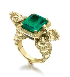 Boodles' Seahorse Ring featuring a stunning emerald set in of round-brilliant cut yellow diamonds on seahorse design shoulders in yellow gold. Gems Jewelry, High Jewelry, Jewelry Accessories, Jewelry Design, Unique Jewelry, Jewlery, Animal Jewelry, Diamond Are A Girls Best Friend, Or Rose