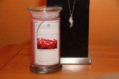 Fresh Cut Roses Jewelry Candle! Now available for sale @ JewelryCandles.com Click on pic to check it out sweeties =)
