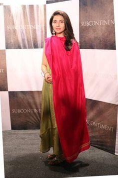 Mahira Khan in Shalwar Kameez Pictures   Style.Pk