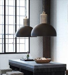 Hanglamp Lozz Tierlantijn Lightning XL Mat zwart. €585