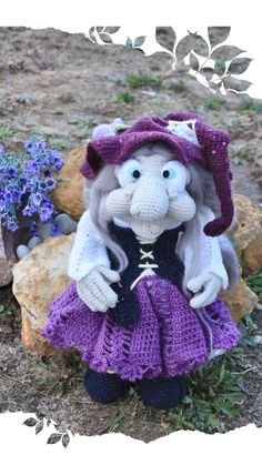 The witch and her frog friend Crochet Doll Pattern, Easy Crochet Patterns, Crochet Patterns Amigurumi, Amigurumi Doll, Baby Patterns, Baby Doll Clothes, Doll Clothes Patterns, Doll Patterns, Elf Doll