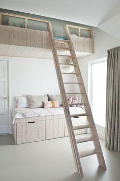 Handgemaakt meubilair #hoogslaper | Sijmen-interieur Kids Bedroom, Bedroom Decor, Above Bed, Tiny House Design, Girl Room, Bunk Beds, Guest Room, Decoration, Furniture