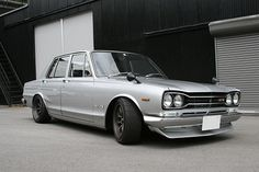 Skyline Gt, Nissan Skyline, Nice Cars, Muscle Cars, Retro Fashion, Super Cars, Vehicles, Cool Cars, Car
