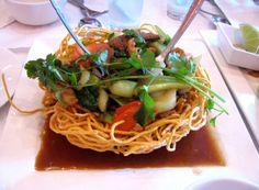 Mì Xào Giòn/Mi Xao Gion (Vietnamese Crispy Egg Noodles)