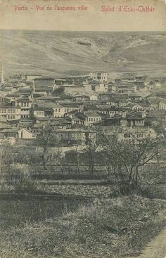 1900'LÜ YILLARIN BAŞLARI. ODUNPAZARINDAN BİR GÖRÜNÜM. Old Photos, Istanbul, City Photo, Nostalgia, History, Ottoman, Old Pictures, Historia, Vintage Photos