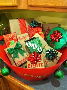 Advent Bucket - Click Pic for 22 DIY Christmas Gifts for Boyfriends