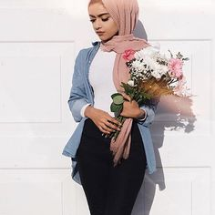 7,428 Likes, 82 Comments - Muslimah Apparel Things (@muslimahapparelthings) on Instagram
