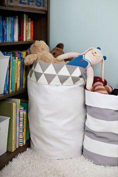 Naifandtastic:Decoración, craft, hecho a mano, restauracion muebles, casas pequeñas, boda: DIY: Una bolsa para los juguetes