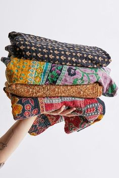 4 PCs Indian Vintage Kantha Quilt Handmade Throw Reversible Cotton Blankets (Assorted Colors) Bohemian Quilt, Bohemian Bedspread, Bohemian Fabric, Bohemian Living, Bohemian Style, Cotton Blankets, Cotton Bedding, Throw Blankets, Cotton Fabric
