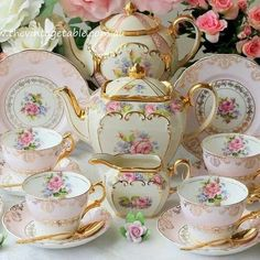 Vintage Gilded Pink Tea Trios & Vintage Gold Cutlery for a pink and gold tea party. Tea Cup Set, Tea Cup Saucer, Vintage China, Tea Sets Vintage, Vintage Table, Vintage Crockery, Teapots And Cups, Teacups, China Tea Sets