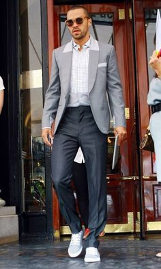 Sometimes a bitch snaps Grey's Anatomy, Greys Anatomy Men, Grey Anatomy Quotes, Jackson Avery, Jesse Williams, Greys Anatomy Jackson, Detroit Become Human, Perfect Boy, Fine Men