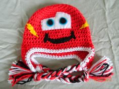 Lightning McQueen crochet hat with earflaps, size 0-3 month, 3-6 month, 6-12 months. Newborn photography prop baby shower
