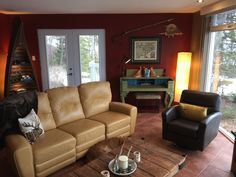 3 Bedroom House, Sofa, Couch, Sleeping Dogs, Canoe, Serenity, Rooms, French, Furniture