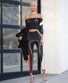 She looks just like jaden smith fashion group Sporty Outfits, Sporty Style, Cute Outfits, Fashion Outfits, Fashion Tights, Sporty Chic, Sport Fashion, Fashion Models, Womens Fashion