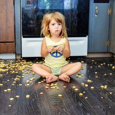 Der allmorgendliche Kampf mit den Kindern hat ein Ende! Mit diesen 7 einfachen Tricks wird der Stress am Morgen einfach ausradiert. Der Morgen mit Kindern ist immer eine kleine Zerreißprobe. Da wir…