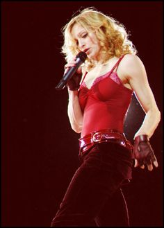 Madonna, The Confessions Tour, 2006, 200s0s, queen of pop, music