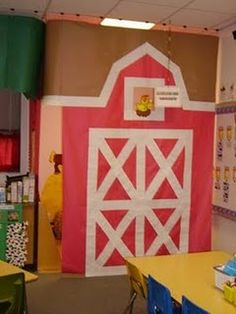 Farm Unit  REDONE:http://pintrestchallenge.blogspot.com/2013/03/barn-door.html