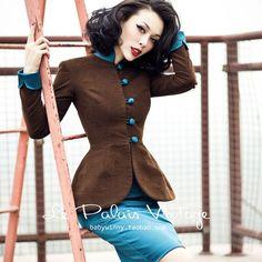 Le Palais Vintage Elegant Suit
