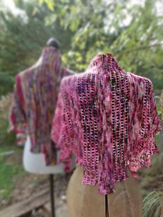 This fun pattern is written in two sizes, a shawl in worsted weight and a shawlette in fingering weight.