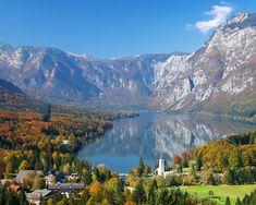Bohinjsko Jezero (Lake Bohinj), Triglav National Park, Julian Alps, Slovenia