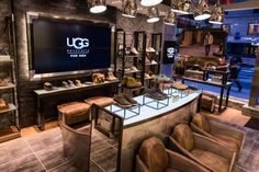 Timeline of the Brand Ugg Boots Outfit, Winter Boots Outfits, Outfit Winter, Peplum Coat, Ugg Classic Mini, Men Store, Ugg Australia, Snow Boots, Stylish Outfits