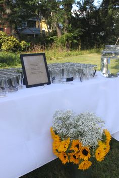 Self-addressing mason jars added a rustic charm to the event.