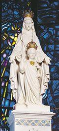 """Notre-Dame du Sacré-Cœur à Issoudun - Ce nom nouveau, chargé d'espérance, exprime la relation unique qui existe entre Jésus et Marie, Celle que Dieu a choisie pour donner au monde son Fils bien-aimé. Ce nom fait droit à la grande intuition du Concile Vatican II : """"Marie est celle qui nous fait entrer dans le mystère du Christ et de l'Église"""" - .Devise du Père Chevalier : """"Aimé soit partout le Sacré-Cœur de Jésus. À jamais."""""""