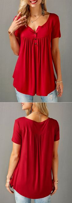 ad6324e84d9 #liligal #blouse #shirts #top #womenswear #womensfashion Curve Shorts, Red.  Curve ShortsRed TopsSewing Women's ClothesFlowy TopsLoose TopsTunic ...