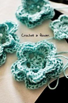 Crochet flower - free pattern by madeleine