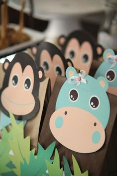 Jungle Favors Party Favors - Super cute for a jungle themed baby shower! Animal Birthday, Baby Birthday, First Birthday Parties, First Birthdays, Party Animals, Animal Party, Baby Shower Favors, Baby Shower Themes, Baby Boy Shower