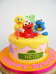 Heidi's cake with Baby Sesame Street babies by joannefam, via Flickr Sesame Street Birthday Cakes, Elmo Birthday Cake, Sesame Street Cake, Birthday Ideas, Birthday Recipes, 2nd Birthday, Fondant Cakes, Cupcake Cakes, Character Cakes