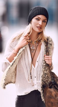 Perfect Boho Street Style outfit - freedom clothes wearing.