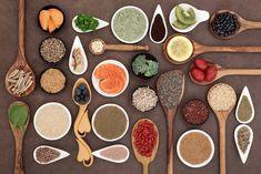 Devido à alimentação, pobre em nutrientes essenciais, que hoje em dia uma grande parte das pessoas tem, as carências nutricionais são cada vez mais comuns.