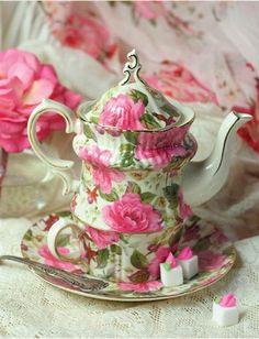 SPRING GARDEN ROSES TEA FOR ONE SET